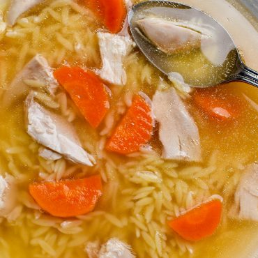 Brodo di pollo (chicken soup) with Risoni pasta