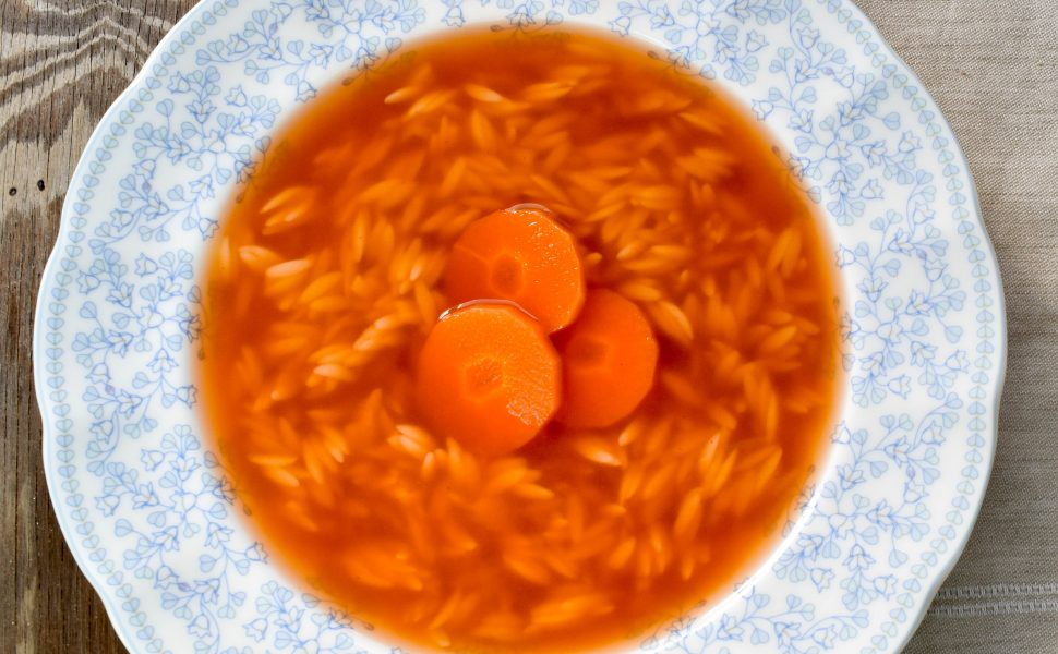 Brodo vegetale (vegetable soup) with risoni pasta