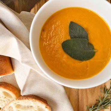 Pumpkin (squash) soup