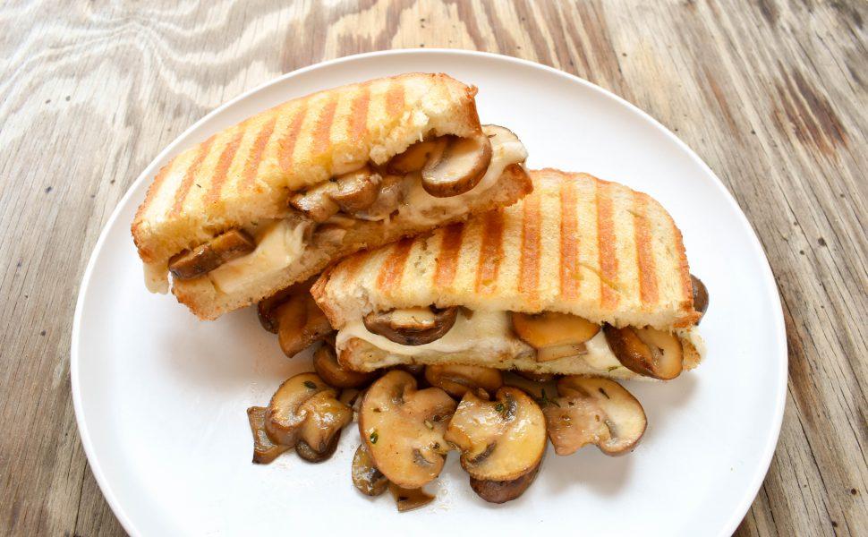 Mushroom and mozzarella toasted sandwich