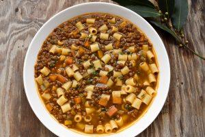Ditali pasta 'con le lenticchie' (with lentils)