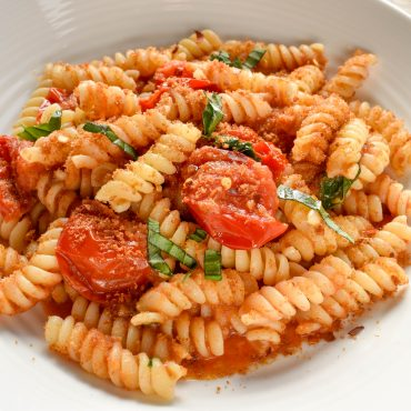Fusilli pasta 'con pomodorini e pangrattato (with cherry tomatoes and toasted breadcrumbs)