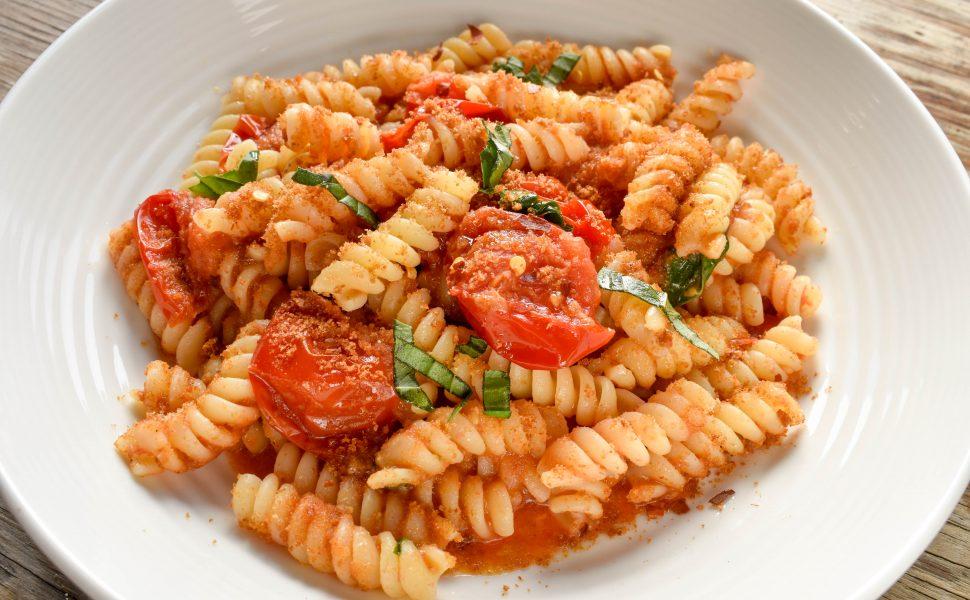 Fusilli pasta 'con pomodorini e pangrattato (with cherry tomatoes and toasted breadcrumbs)