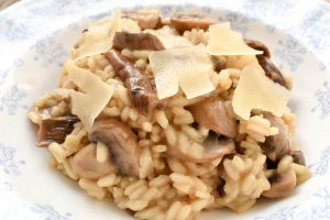 Risotto with dried porcini and mushrooms