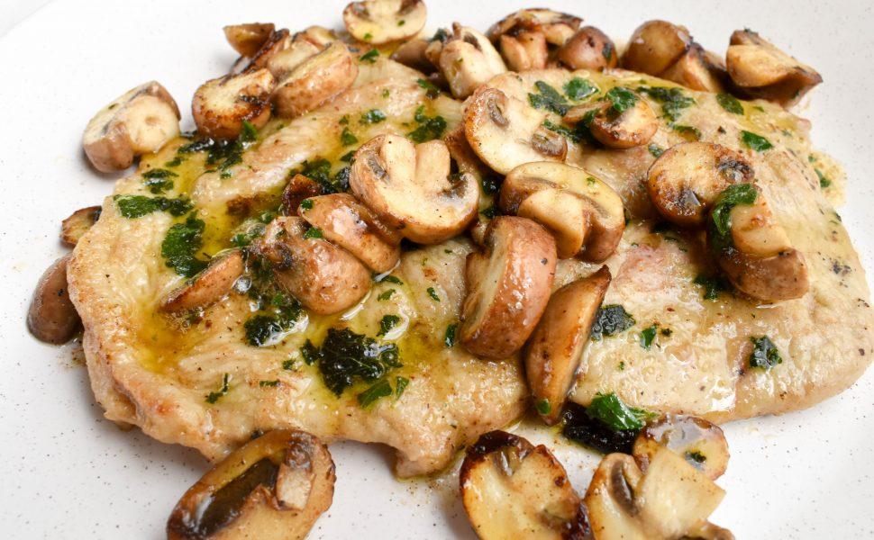 Veal scaloppini 'ai funghi' (of mushrooms)
