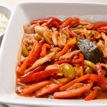 Chicken and capsicum (peppers) in 'salsa agrodolce' (sweet and sour sauce)