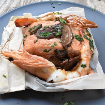 Salmon and prawns 'al cartoccio' (in paper parcel)