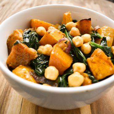 Chickpea, pumpkin and spinach salad