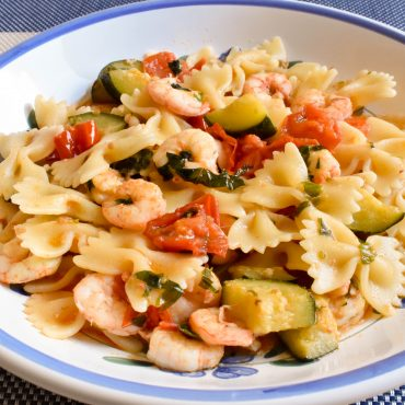 Farfalle pasta with zucchini and gamberetti (shrimp)