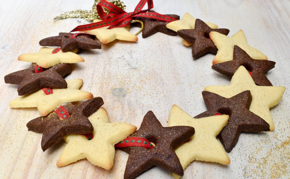 Christmas star biscuit wreath