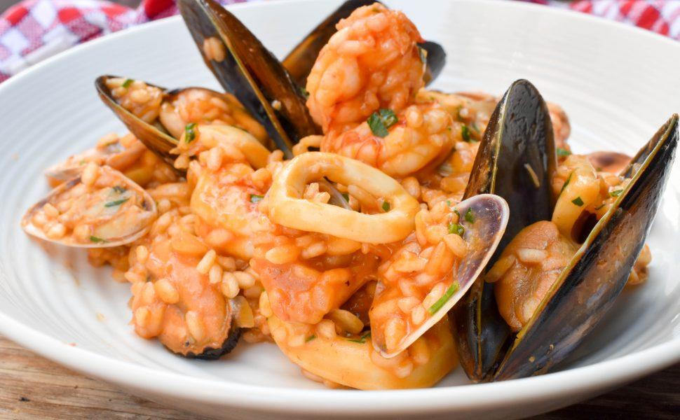 Risotto 'alla Pescatora' (Fisherman-style risotto with seafood)