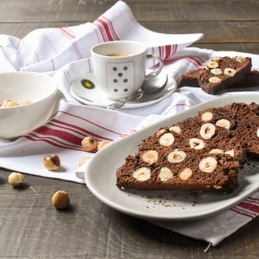 Chocolate and hazelnut cantucci