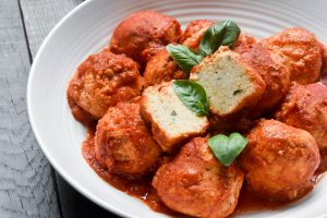 Ricotta balls in tomato sauce