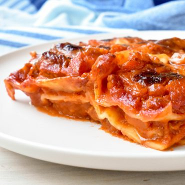 Lasagna with Sausage ragu'