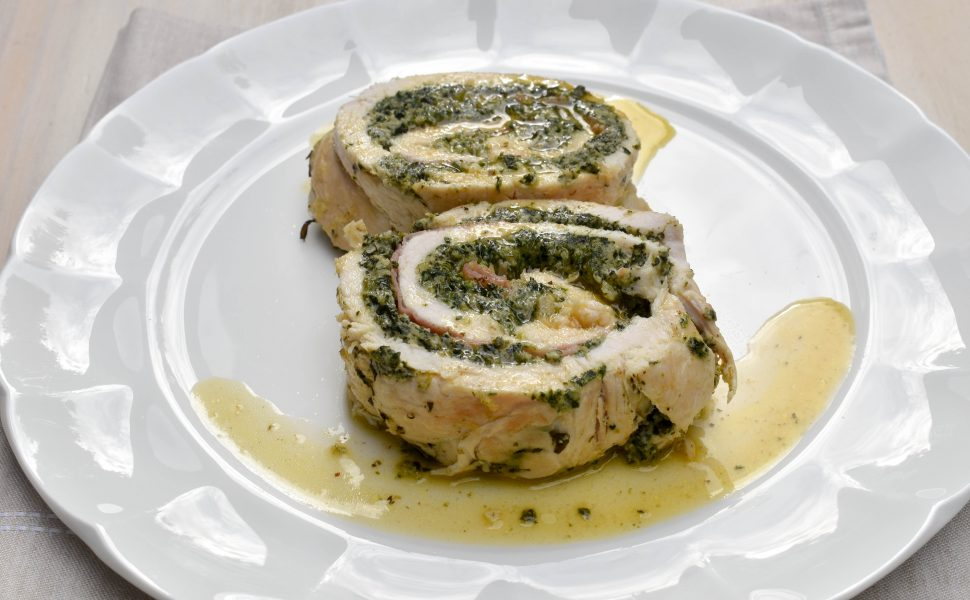 Rolled chicken with spinach and ricotta