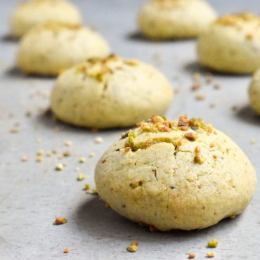 Italian pistachio lemon cookies